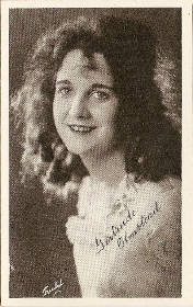 Gertrude Olmstead - 1917 Kromo Gravure Trading Card from Box 4