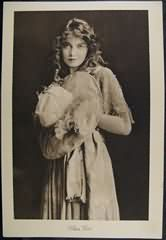 Lillian Gish - 1920s Picturegoer Supplement Photo
