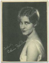 Katherine Dale Owen - 1920s Kashin Motion Picture Stars Movie Card